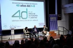 """Encuentros de la SER 40 años del 4-D en la Fundación Cajasol: Soraya Sáenz de Santa María y Juan Manuel Moreno (9) • <a style=""""font-size:0.8em;"""" href=""""http://www.flickr.com/photos/129072575@N05/26763350869/"""" target=""""_blank"""">View on Flickr</a>"""