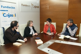 "Encuentros 'La Razón': María Elvira Roca (8) • <a style=""font-size:0.8em;"" href=""http://www.flickr.com/photos/129072575@N05/38412476161/"" target=""_blank"">View on Flickr</a>"