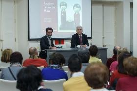 """Conferencia de Antonio Basanta 'Las claves ocultas del Belén' en la Fundación Cajasol (10) • <a style=""""font-size:0.8em;"""" href=""""http://www.flickr.com/photos/129072575@N05/38185624425/"""" target=""""_blank"""">View on Flickr</a>"""