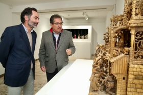 """Exposición 'Belenes del Mundo. Oro, inciensa y mirra' en la Fundación Cajasol (22) • <a style=""""font-size:0.8em;"""" href=""""http://www.flickr.com/photos/129072575@N05/38955001891/"""" target=""""_blank"""">View on Flickr</a>"""