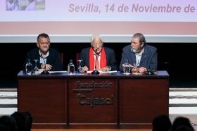 "Conferencia del Padre Ángel en la Fundación Cajasol (6) • <a style=""font-size:0.8em;"" href=""http://www.flickr.com/photos/129072575@N05/38385080366/"" target=""_blank"">View on Flickr</a>"