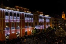 "Inauguración de 'Alumbra Sevilla 2017' en Plaza de San Francisco (Sevilla) • <a style=""font-size:0.8em;"" href=""http://www.flickr.com/photos/129072575@N05/24972992828/"" target=""_blank"">View on Flickr</a>"