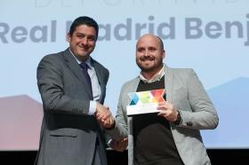 """Entrega de los I Premios DEX en la Fundación Cajasol (8) • <a style=""""font-size:0.8em;"""" href=""""http://www.flickr.com/photos/129072575@N05/24185695347/"""" target=""""_blank"""">View on Flickr</a>"""