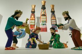 """Exposición 'Belenes del Mundo. Oro, inciensa y mirra' en la Fundación Cajasol (11) • <a style=""""font-size:0.8em;"""" href=""""http://www.flickr.com/photos/129072575@N05/27178166589/"""" target=""""_blank"""">View on Flickr</a>"""