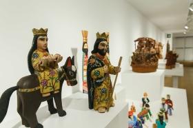 """Exposición 'Belenes del Mundo. Oro, inciensa y mirra' en la Fundación Cajasol (10) • <a style=""""font-size:0.8em;"""" href=""""http://www.flickr.com/photos/129072575@N05/38954986601/"""" target=""""_blank"""">View on Flickr</a>"""