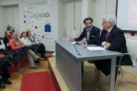 """Conferencia de Antonio Basanta 'Las claves ocultas del Belén' en la Fundación Cajasol (12) • <a style=""""font-size:0.8em;"""" href=""""http://www.flickr.com/photos/129072575@N05/38185624745/"""" target=""""_blank"""">View on Flickr</a>"""