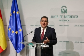 """Presentación del documental 'Un ideal andaluz' (3) • <a style=""""font-size:0.8em;"""" href=""""http://www.flickr.com/photos/129072575@N05/39671279302/"""" target=""""_blank"""">View on Flickr</a>"""