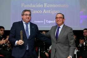"""Entrega de los Premios Gota a Gota de Pasión 2018 en la Fundación Cajasol (8) • <a style=""""font-size:0.8em;"""" href=""""http://www.flickr.com/photos/129072575@N05/40795156741/"""" target=""""_blank"""">View on Flickr</a>"""