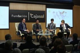 """Charla 'El cartel más sevillano' en la Fundación Cajasol (15) • <a style=""""font-size:0.8em;"""" href=""""http://www.flickr.com/photos/129072575@N05/39020291890/"""" target=""""_blank"""">View on Flickr</a>"""