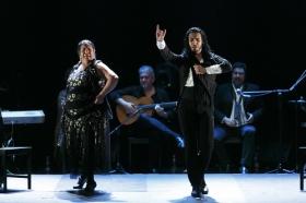 """Jueves Flamencos de la Fundación Cajasol en Sevilla: Amador Rojas y Carmen Ledesma (19) • <a style=""""font-size:0.8em;"""" href=""""http://www.flickr.com/photos/129072575@N05/40256627474/"""" target=""""_blank"""">View on Flickr</a>"""