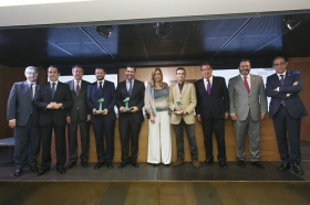 """Entrega de los IV Premios Manuel Losada Villasante en la Fundación Cajasol • <a style=""""font-size:0.8em;"""" href=""""http://www.flickr.com/photos/129072575@N05/30101769033/"""" target=""""_blank"""">View on Flickr</a>"""
