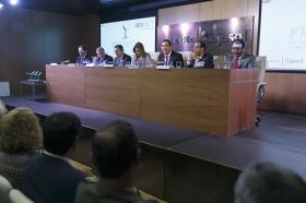 """Entrega de los IV Premios Manuel Losada Villasante en la Fundación Cajasol (5) • <a style=""""font-size:0.8em;"""" href=""""http://www.flickr.com/photos/129072575@N05/30101769703/"""" target=""""_blank"""">View on Flickr</a>"""