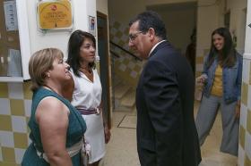 """Visita de la Fundación Cajasol al colegio de Educación Especial de la Macarena • <a style=""""font-size:0.8em;"""" href=""""http://www.flickr.com/photos/129072575@N05/21944018848/"""" target=""""_blank"""">View on Flickr</a>"""