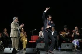 "Jueves Flamencos: Zambomba de Joaquín 'El Zambo' (3) • <a style=""font-size:0.8em;"" href=""http://www.flickr.com/photos/129072575@N05/23921860055/"" target=""_blank"">View on Flickr</a>"