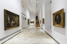 "Sala de exposiciones 'Murillo' de la Fundación Cajasol • <a style=""font-size:0.8em;"" href=""http://www.flickr.com/photos/129072575@N05/21944488863/"" target=""_blank"">View on Flickr</a>"