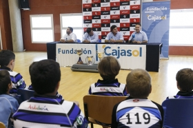 "Presentación del Ciencias Rugby Fundación Cajasol 2015/2016 (6) • <a style=""font-size:0.8em;"" href=""http://www.flickr.com/photos/129072575@N05/21103828980/"" target=""_blank"">View on Flickr</a>"