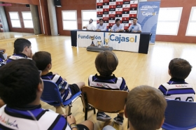 "Presentación del Ciencias Rugby Fundación Cajasol 2015/2016 (4) • <a style=""font-size:0.8em;"" href=""http://www.flickr.com/photos/129072575@N05/21300000381/"" target=""_blank"">View on Flickr</a>"