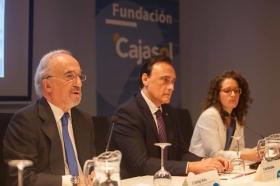 """Conferencia de Santiago Muñoz Machado en la Fundación Cajasol (Córdoba) (6) • <a style=""""font-size:0.8em;"""" href=""""http://www.flickr.com/photos/129072575@N05/26814543700/"""" target=""""_blank"""">View on Flickr</a>"""