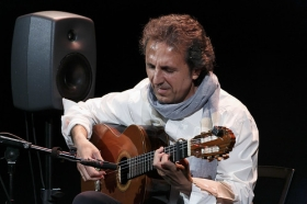 """Jueves Flamencos: Juan Carlos Romero (16) • <a style=""""font-size:0.8em;"""" href=""""http://www.flickr.com/photos/129072575@N05/26813168146/"""" target=""""_blank"""">View on Flickr</a>"""