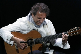 """Jueves Flamencos: Juan Carlos Romero (18) • <a style=""""font-size:0.8em;"""" href=""""http://www.flickr.com/photos/129072575@N05/26813168296/"""" target=""""_blank"""">View on Flickr</a>"""