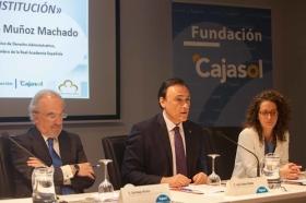 """Conferencia de Santiago Muñoz Machado en la Fundación Cajasol (Córdoba) (10) • <a style=""""font-size:0.8em;"""" href=""""http://www.flickr.com/photos/129072575@N05/27020477121/"""" target=""""_blank"""">View on Flickr</a>"""