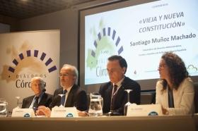 """Conferencia de Santiago Muñoz Machado en la Fundación Cajasol (Córdoba) (2) • <a style=""""font-size:0.8em;"""" href=""""http://www.flickr.com/photos/129072575@N05/26814543590/"""" target=""""_blank"""">View on Flickr</a>"""