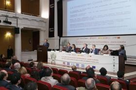 """Jornadas 'El acuerdo de Asociación Centroamérica-UE: una gran oportunidad de negocio para las empresas andaluzas' en la Fundación Cajasol (19) • <a style=""""font-size:0.8em;"""" href=""""http://www.flickr.com/photos/129072575@N05/16305489607/"""" target=""""_blank"""">View on Flickr</a>"""