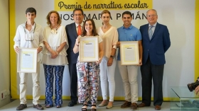 "Entrega de los I Premios de Narrativa Escolar 'José María Pemán' • <a style=""font-size:0.8em;"" href=""http://www.flickr.com/photos/129072575@N05/28002759710/"" target=""_blank"">View on Flickr</a>"
