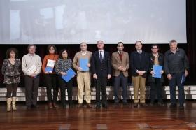 "COPE y CEU premian a los mejores belenes sevillanos en la Fundación Cajasol (12) • <a style=""font-size:0.8em;"" href=""http://www.flickr.com/photos/129072575@N05/15901010027/"" target=""_blank"">View on Flickr</a>"