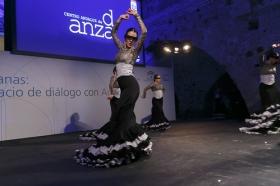 """Presentación de Atarazanas: un espacio de diálogo con América (9) • <a style=""""font-size:0.8em;"""" href=""""http://www.flickr.com/photos/129072575@N05/16057408441/"""" target=""""_blank"""">View on Flickr</a>"""