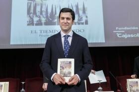 """Presentación del libro del Pregón de la Semana Santa de Sevilla 2015 • <a style=""""font-size:0.8em;"""" href=""""http://www.flickr.com/photos/129072575@N05/16916069742/"""" target=""""_blank"""">View on Flickr</a>"""