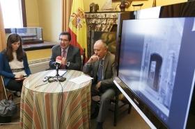 """Presentación de la guía sobre la Torre del Oro 'Sevilla, Puerta de Indias' (11) • <a style=""""font-size:0.8em;"""" href=""""http://www.flickr.com/photos/129072575@N05/17158822675/"""" target=""""_blank"""">View on Flickr</a>"""
