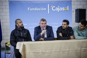 "'Del Cádiz CF al cole' en el Colegio San José (15) • <a style=""font-size:0.8em;"" href=""http://www.flickr.com/photos/129072575@N05/16866207215/"" target=""_blank"">View on Flickr</a>"