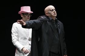 "Teatro: 'Insólito Menú Transcultural' (4) • <a style=""font-size:0.8em;"" href=""http://www.flickr.com/photos/129072575@N05/17025585970/"" target=""_blank"">View on Flickr</a>"