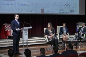 "Entrega de los Premios del Círculo Taurino Puerta Carmona 2016 (8) • <a style=""font-size:0.8em;"" href=""http://www.flickr.com/photos/129072575@N05/27247701452/"" target=""_blank"">View on Flickr</a>"