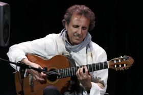 """Jueves Flamencos: Juan Carlos Romero (15) • <a style=""""font-size:0.8em;"""" href=""""http://www.flickr.com/photos/129072575@N05/26574318570/"""" target=""""_blank"""">View on Flickr</a>"""