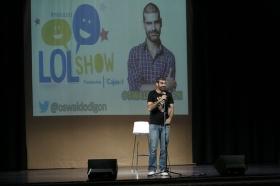 "LOL Show de la Fundación Cajasol: Oswaldo Digón (13) • <a style=""font-size:0.8em;"" href=""http://www.flickr.com/photos/129072575@N05/27617821365/"" target=""_blank"">View on Flickr</a>"