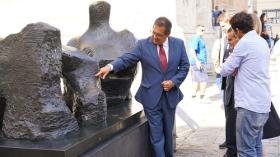 """Inauguración de la exposición de esculturas de Henry Moore en Cádiz (14) • <a style=""""font-size:0.8em;"""" href=""""http://www.flickr.com/photos/129072575@N05/29051538024/"""" target=""""_blank"""">View on Flickr</a>"""