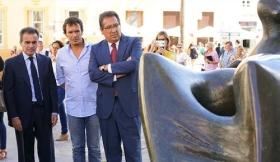 """Inauguración de la exposición de esculturas de Henry Moore en Cádiz (24) • <a style=""""font-size:0.8em;"""" href=""""http://www.flickr.com/photos/129072575@N05/29053186313/"""" target=""""_blank"""">View on Flickr</a>"""
