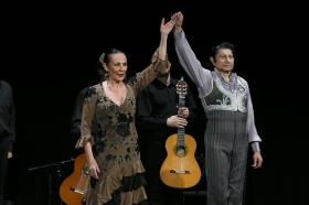 """Jueves Flamencos de la Fundación Cajasol: Toni El Pelao y la Uchi (5) • <a style=""""font-size:0.8em;"""" href=""""http://www.flickr.com/photos/129072575@N05/16525133207/"""" target=""""_blank"""">View on Flickr</a>"""