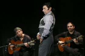 """Jueves Flamencos de la Fundación Cajasol: Toni El Pelao y la Uchi (17) • <a style=""""font-size:0.8em;"""" href=""""http://www.flickr.com/photos/129072575@N05/16110103984/"""" target=""""_blank"""">View on Flickr</a>"""