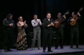 """Jueves Flamencos de la Fundación Cajasol: Toni El Pelao y la Uchi (12) • <a style=""""font-size:0.8em;"""" href=""""http://www.flickr.com/photos/129072575@N05/16706514736/"""" target=""""_blank"""">View on Flickr</a>"""