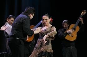 """Jueves Flamencos de la Fundación Cajasol: Toni El Pelao y la Uchi (10) • <a style=""""font-size:0.8em;"""" href=""""http://www.flickr.com/photos/129072575@N05/16706514226/"""" target=""""_blank"""">View on Flickr</a>"""