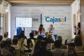 """Presentación de los Proyectos Cádiz 2017 en la Fundación Cajasol (8) • <a style=""""font-size:0.8em;"""" href=""""http://www.flickr.com/photos/129072575@N05/29071493494/"""" target=""""_blank"""">View on Flickr</a>"""