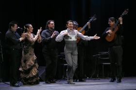 """Jueves Flamencos de la Fundación Cajasol: Toni El Pelao y la Uchi (7) • <a style=""""font-size:0.8em;"""" href=""""http://www.flickr.com/photos/129072575@N05/16525133597/"""" target=""""_blank"""">View on Flickr</a>"""