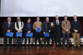"COPE y CEU premian a los mejores belenes sevillanos en la Fundación Cajasol (9) • <a style=""font-size:0.8em;"" href=""http://www.flickr.com/photos/129072575@N05/16086049982/"" target=""_blank"">View on Flickr</a>"