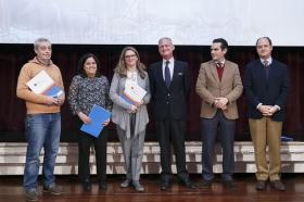 "COPE y CEU premian a los mejores belenes sevillanos en la Fundación Cajasol (10) • <a style=""font-size:0.8em;"" href=""http://www.flickr.com/photos/129072575@N05/15467098723/"" target=""_blank"">View on Flickr</a>"