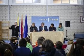 "'Del Cádiz CF al cole' en el Colegio San José • <a style=""font-size:0.8em;"" href=""http://www.flickr.com/photos/129072575@N05/16864489022/"" target=""_blank"">View on Flickr</a>"