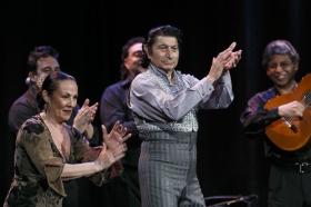 """Jueves Flamencos de la Fundación Cajasol: Toni El Pelao y la Uchi (2) • <a style=""""font-size:0.8em;"""" href=""""http://www.flickr.com/photos/129072575@N05/16110100544/"""" target=""""_blank"""">View on Flickr</a>"""