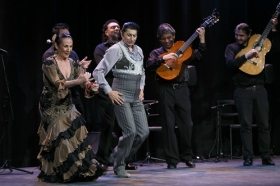 "tonJueves Flamencos de la Fundación Cajasol: Toni El Pelao y la Uchi (3) • <a style=""font-size:0.8em;"" href=""http://www.flickr.com/photos/129072575@N05/16544996350/"" target=""_blank"">View on Flickr</a>"